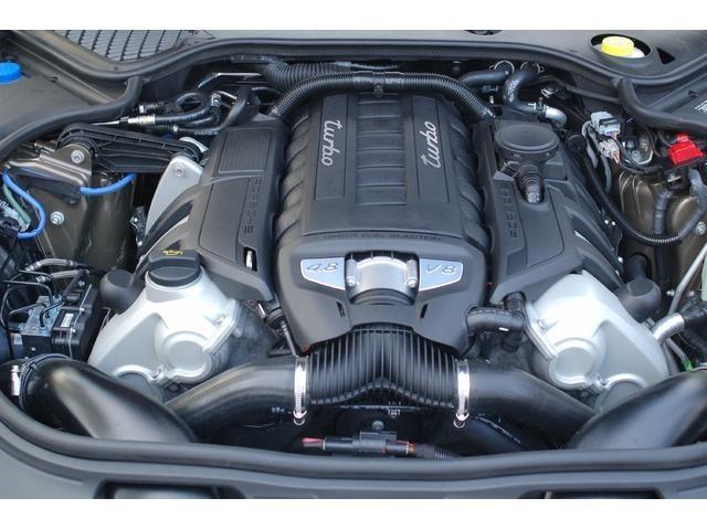Porsche Cayenne 452HP
