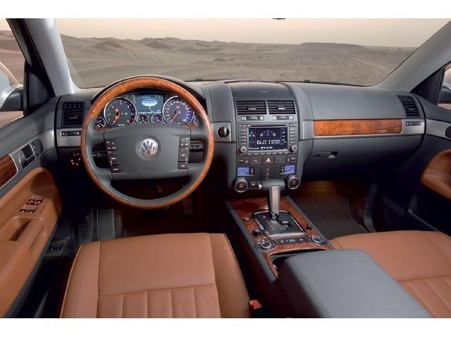 Volkswagen Touareg 2015 a6